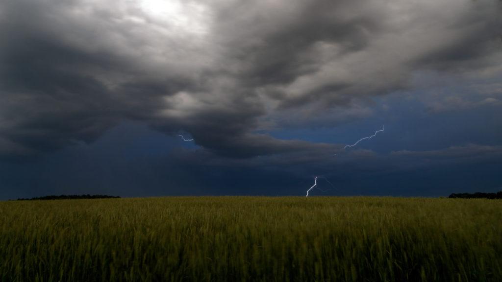 Blitze über Schönbach